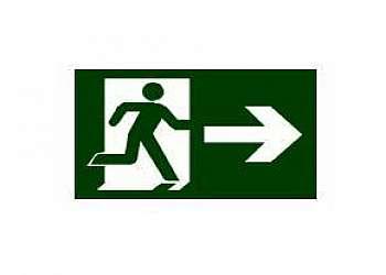Placa de sinalização bombeiros rota de fuga