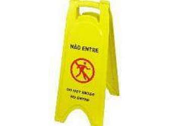 Placas de sinalização segurança